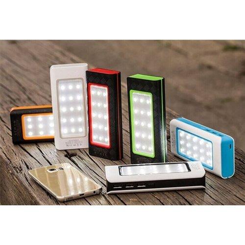 Преносима батерия с фенер за телефон 20000mah