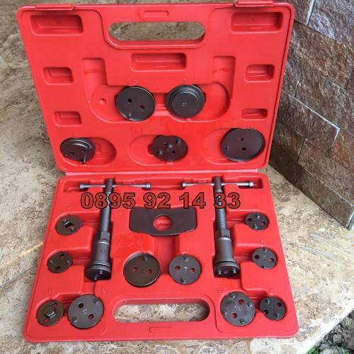 Комплект за сваляне на спирачки цилиндри с ляво и дясно въртене KrafTWelle 18 части